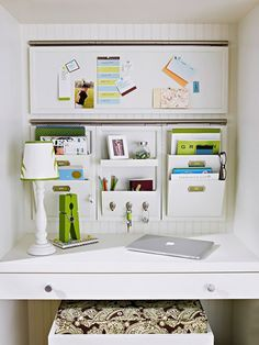 I would leave the middle open, but I love the two side organizers. I could easily store binders/ files in an appealing and enticing way. Fun patterns and colors are helping too.