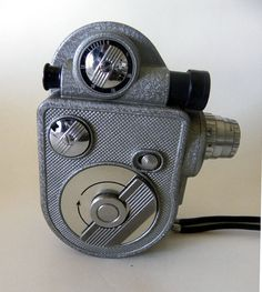 4b654a40d1 Revere Vintage 8mm Movie Camera 1950s to 1960s
