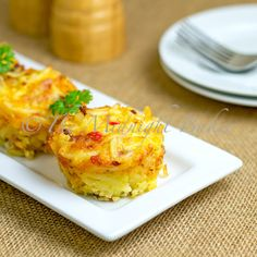 Bacon Hashbrown Muffins Portable breakfast!  You get hash browns, bacon and eggs in one muffin.