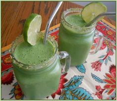 Super Green Mojito Smoothie - Flora Foodie - flora foodie: Super Green Mojito Smoothie – I'll skip the soy & use unsweetened almond, cashew - Yummy Smoothies, Juice Smoothie, Smoothie Drinks, Superfood Smoothies, Raw Vegan Recipes, Healthy Recipes, Green Juice Recipes, Light Desserts, Super Greens