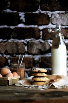A simple recipes for soft and chewy chocolate chip cookies.