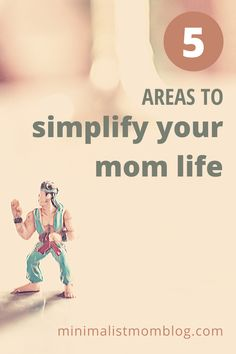 If your home life has been turned upside down, you may be looking for a way to simplify your mom life. Don't get overwhelmed by the clutter, the noise or the constant messes of being stuck inside. Learn how to simplify your mom life routine so that you have more time to spend with your family away from chores.