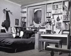 James Dean Dans son appartement à New-York au 68e à côté de Parc central ouest © Copyright Dennis STOCK / MAGNUM