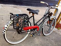 friday fun times: checkered fenders?