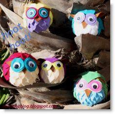 Cute&Easy felt owls: http://minimozblog.blogspot.com/2011/07/felt-owls.html