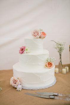 Backyard Wedding With Rustic Decorations - Rustic Wedding Chic