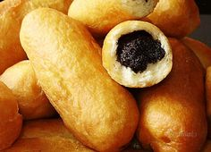pirozky---fried buns with poppy seed, jam, or cream cheese filling--street food Eastern European Recipes, Cream Cheese Filling, Bread And Pastries, Pretzel Bites, Hot Dog Buns, Street Food, Ham, Food Porn, Food And Drink