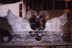 swans ice carving