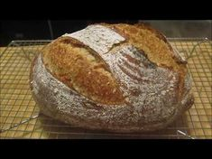 Kvaskový chlieb Co se povede (video recept) / Sourdough Bread Video Recipe Russian Recipes, How To Make Bread, Bread Making, Sourdough Bread, Pizza Dough, Food Videos, New Recipes, Catering, Food And Drink