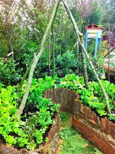 Edible Landscaping: Permaculture Kitchen Garden | jardin potager | bauerngarten | köksträdgård