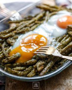 Fasolka szparagowa z masłem, czosnkiem i koperkiem | Karo in the Kitchen Bon Appetit, Allrecipes, Clean Eating, Good Food, Brunch, Food And Drink, Menu, Snacks, Dinner