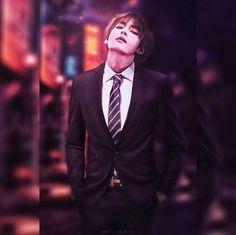 In which Kim taehyung is the womanizing, indulgent and arrogant Vampire director of Kim corps and jeon Jeongguk happens to be his new private secretary . Jimin, Bts Bangtan Boy, Daegu, Foto Bts, Bts Photo, K Pop, Taehyung Fanart, Kim Taehyung, Wattpad