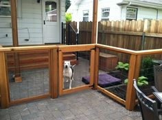 Fence Ideas For Dogs Backyard fence ideas to keep your backyard privacy and ...