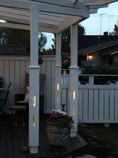 KaVa light column is a built in lighting solution in primary structures Wooden Lamp, Lighting Solutions, Terrace, Pergola, Outdoor Structures, Patio, Lights, Building, Design