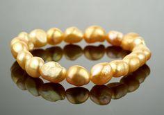 naramok-riecne-perly-oranzove Beaded Bracelets, Jewelry, Fashion, Moda, Jewlery, Jewerly, Fashion Styles, Pearl Bracelets, Schmuck