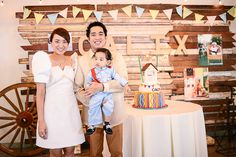 Who doesn't love a good ol'-fashioned Filipino-themed celebration? I'm sure all of us (at some point in our lives) have experienced wearing a baro't saya and barong when we … 70th Birthday Parties, Baby Boy Birthday, 2nd Birthday, Fiesta Theme Party, Party Themes, Party Ideas, Filipino Wedding, Filipiniana Dress, Filipino Fashion