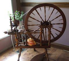 spinning wheels – An Everyday Fiber Obsession Spinning Yarn, Hand Spinning, Spinning Wheels, Purple Heart Wood, Energy Saving Tips, Drop Spindle, Educational Crafts, Renewable Energy, Solar Energy