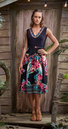 Só na Antix Store você encontra Vestido Midi Rosas com exclusividade na internet