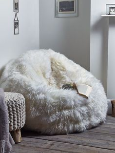 This big,grey,fluffy bean bag please More