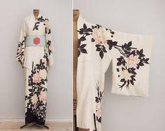 Kaori Kimono  Vintage 1960s Silk Kimono  by GoldenCraneVintage
