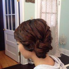 Frisuren für kurze Haare  Check more at http://www.bestenfrisurideen.com/grose-hochsteckfrisuren-fur-kurze-haare-zu-jeder-gelegenheit-zu-versuchen/