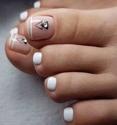 nail art will attract much attention to your feet. Use these wonderful nail . - Toe nail art will attract much attention to your feet. Use these wonderful nail .Toe nail art will attract much attention to your feet. Use these wonderful nail . Pretty Toe Nails, Cute Toe Nails, Bright Toe Nails, Feet Nail Design, Toe Nail Designs, Glitter Pedicure Designs, French Pedicure, Pedicure Nail Art, Pedicure Ideas