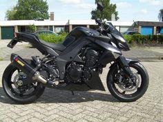 Kawasaki z1000 black