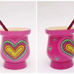 Resultado de imagen para yuki deco Painted Flower Pots, Painted Pots, Hand Painted, Paper Mache Bowls, Decoupage Art, Posca, Terracotta Pots, Clay Pots, Paint Colors