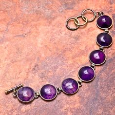 #'Purple Agate Bracelet' is going up for auction at  5pm Thu, Aug 2 with a starting bid of $5.