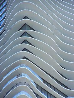 fluidity | Aqua Tower, Chicago #architecture