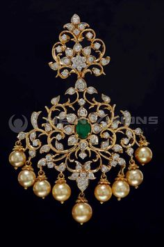 Indian Jewellery and Clothing: Diamond jewellery collection fromSitara jewellers 198 26 2 Pendant Set, Diamond Pendant, Pendant Jewelry, Gold Jewelry, Diamond Jewellery, Jewellery Uk, Diamond Earrings, Bulgari Jewelry, Gucci Jewelry