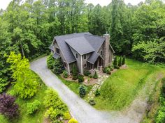 Ashby Ridge - Elegant 4BR Timber Frame, Heart of Valle Crucis, Close to Boone, Hot Tub, A/C, Foosball