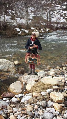 Princesitas!!!!!!!!! Volviiiiiiii!!!!!! Necesitaba un poco de aire fresco y me fui unos días a la montaña a casa de mi amiga Deli..... ...