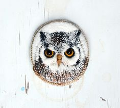 Owl  brooch  needle felted  embroidery  animal felt  by cOnieco, zł165.00