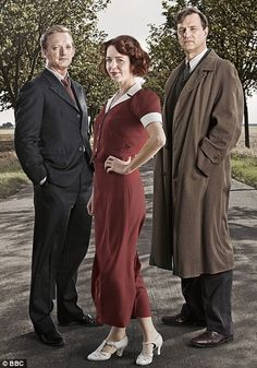 Douglas Henshall, Anna Maxwell Martin, and David Morrissey in South Riding