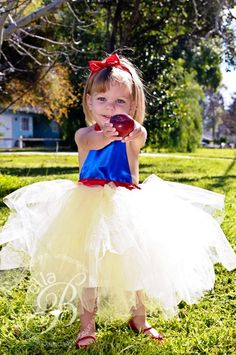 Snow White tutu costume by Sweetthingskids on Etsy, $40.00