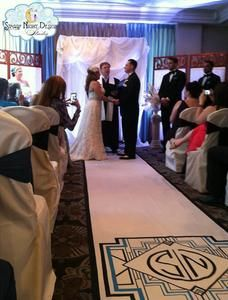 Art Deco aisle runner is perfect for Old Hollywood wedding #artdecoaislerunners, #oldhollywoodweddingrunners