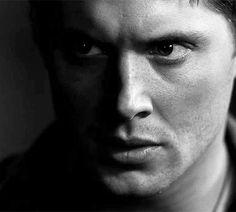 Dean - 1x22 Devil's Trap #jawclench