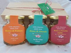 Honey Raw with whole fresh raw Walnuts,Almonds,Pistachio Aeginis, All Greek Natural Products! Honey Almonds, Raw Honey, Gourmet Gifts, Gift Sets, Natural Products, Pistachio, Baskets, Greek, Christmas Gifts
