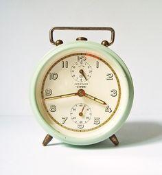 little vintage clock for my bedside table