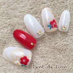 水引き×梅 和装ブライダルにも♪ Instagram dent_de_lion.izumo #お正月 #ブライダル #成人式 #ジェルネイル #ホワイト #和 #レッド #ハンド #ミディアム #チップ #dentdelion #ネイルブック