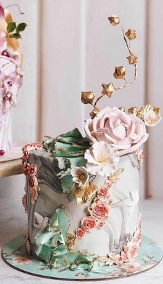 35 top wedding cake trends for wedding cake ideas, wedding cake trends, wedding cake designs, marble wedding cake, beautiful wedding cake elegant wedding cake cakes modern Black Wedding Cakes, Elegant Wedding Cakes, Cool Wedding Cakes, Elegant Cakes, Beautiful Wedding Cakes, Gorgeous Cakes, Wedding Cake Designs, Elegant Birthday Cakes, Cute Cakes