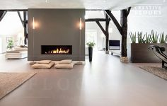 Gietvloer betonlook woonboerderij Really like this look. Starting to think that a gietvloer with wood accents are the way to go. Interior Design Living Room, Living Room Decor, Interior Decorating, Casa Loft, Living Room Flooring, Unique Home Decor, Best Interior, Home And Living, Interior Inspiration