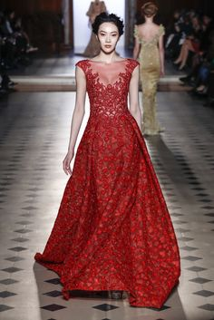 Tony Ward Spring/Summer 2017 Couture Collection