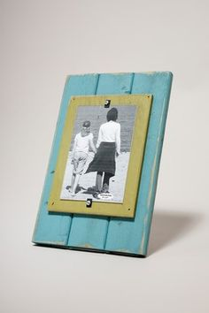 Love these wooden frames