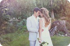 Romantic Wedding Poses | Romantic Wedding Pose