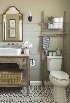 Modern Farmhouse Bathroom, Cottage Farmhouse, Cozy Cottage, Farmhouse Small, Cottage Style, Rustic Farmhouse, Primitive Bathrooms, Minimalist House Design, Chic Bathrooms