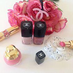 Pink Weekends!   #chanel #chanelclassic #chanelparis #paris #luxury #beauty #beautyblogger #beautyblogger_de #pink #roses #rosestagram #flowers #flowergram #ysl #fashion #fashionista #fashionblogger #fashionblogger_de #lifestyle #goodlife #blogger_de #bloggerstyle_de