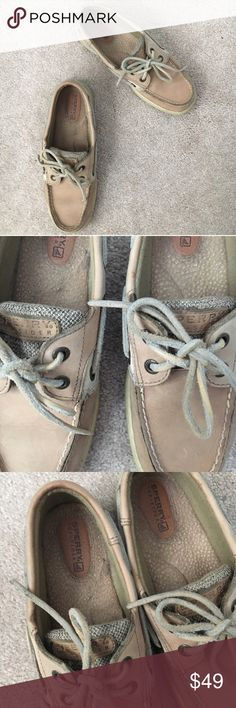 Sperry classic top-sider boat shoes Size 6 women's. GUC some signs of normal wear shown Sperry Top-Sider Shoes Flats & Loafers