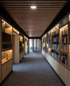 Estudio Valdés » Oficina Hermosilla & Compañia Abogados Office Spaces, Divider, Room, Furniture, Home Decor, Lawyers, Desks, Offices, Architects